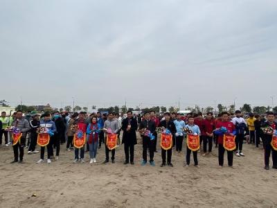 Giải Kéo co thanh niên huyện Vĩnh Bảo nhân kỷ niệm 435 năm ngày mất của Danh nhân văn hóa Trạng Trình Nguyễn Bỉnh Khiêm