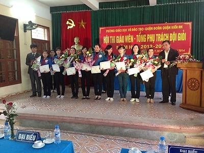 Hội thi giáo viên tổng phụ trách, phụ trách Đội giỏi quận Kiến An năm học 2013-2014