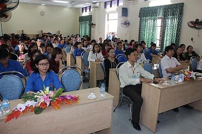 Khai mạc Lớp tập huấn Tiểu giáo viên hướng dẫn hoạt động Hè năm 2015