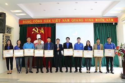 Hội LHTN Việt Nam thành phố: Hội nghị tổng kết công tác Hội và phong trào thanh niên năm 2016, triển khai chương trình công tác năm 2017