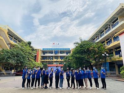 """Đoàn trường Đại học Quản lý và Công nghệ Hải Phòng tổ chức chương trình """"Tiếp sức mùa thi"""" vào 10 năm học 2021-2022"""