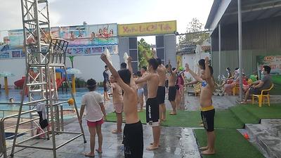 Tuyên truyền phòng chống đuối nước, tai nạn thương tích và tổ chức các lớp dạy bơi cho thiếu nhi