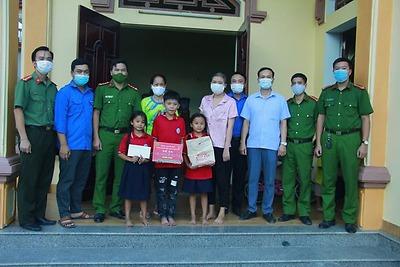 Tuổi trẻ thành phố Hải Phòng chung tay xóa nghèo, đảm bảo an sinh xã hội thành phố